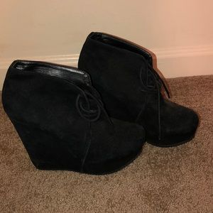 Black suede boots wedge
